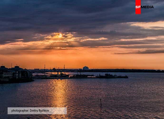 Солнце над Батарейной гаванью